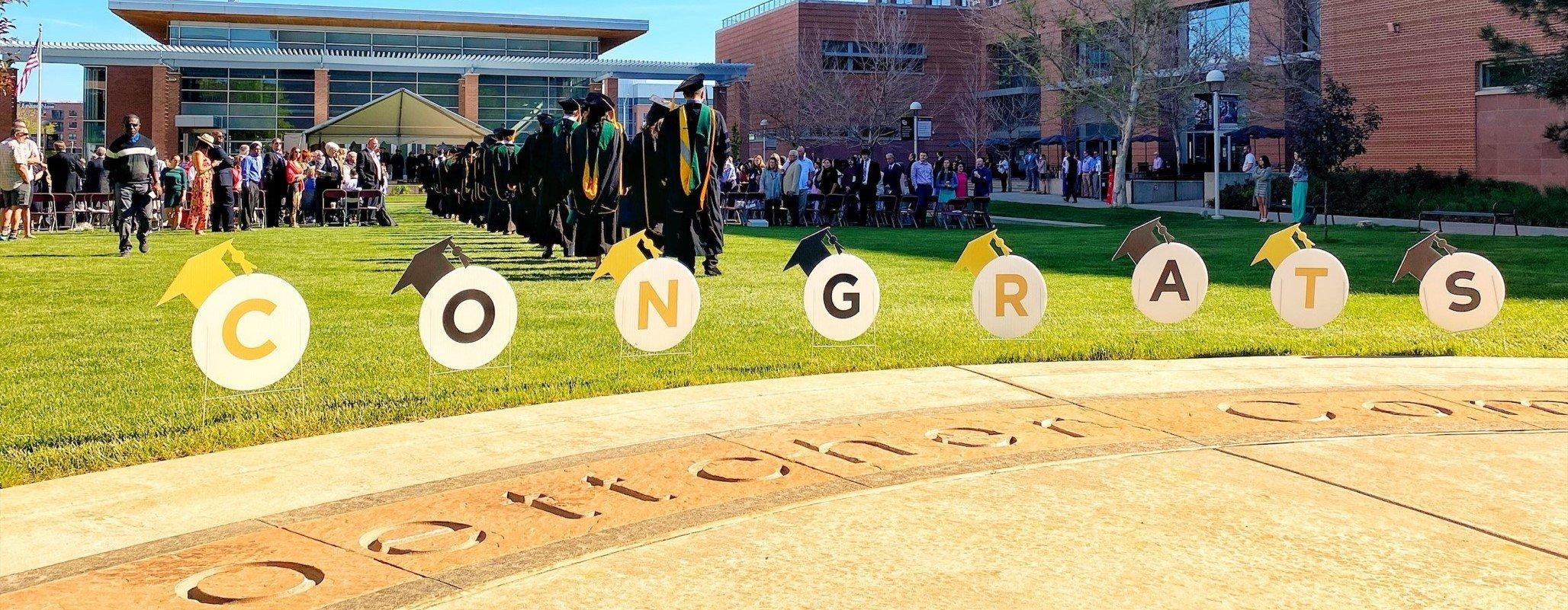 SOM Graduation Congrats Sign